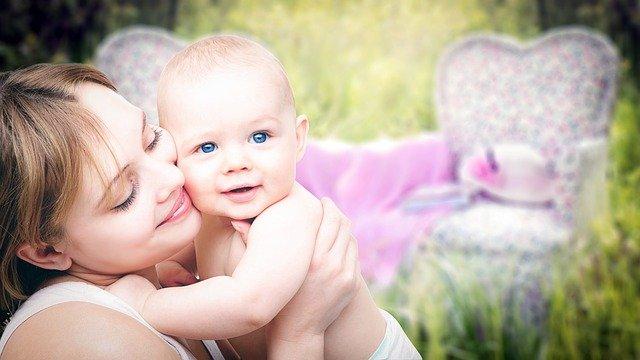 Diferentes formas de enseñarle mindfulness a tus hijos