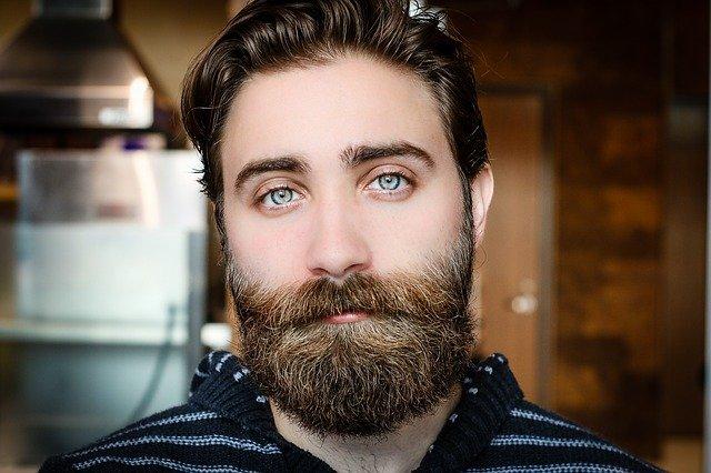 Consigue el equilibrio entre tu barba y pelo